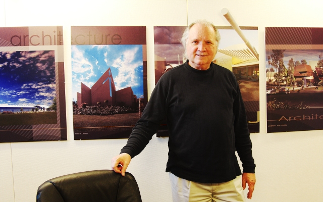 Architect Arthur Dyson